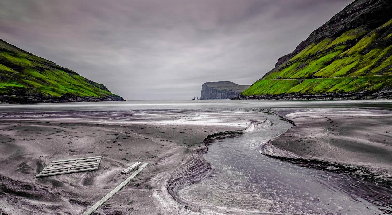Strand auf den Färöer Inseln, der während der Fotoreise fotografiert wurde